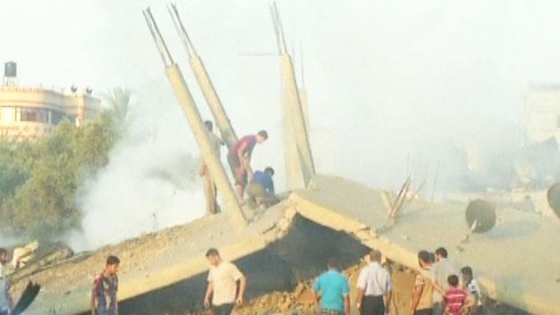 """이스라엘, 가자지구 100여 곳 공습...""""최소 10명 사망"""""""