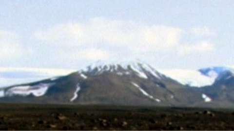 아이슬란드 화산 분출 시작…빙하 녹이고 있다