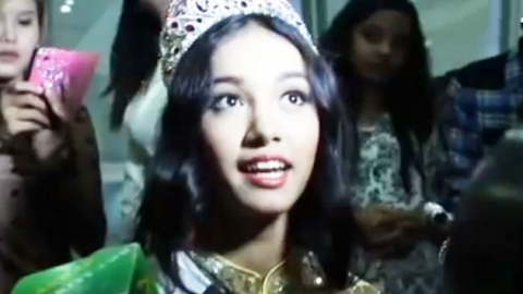 서울 국제 미인 대회 '퀸', 왕관 들고 도망