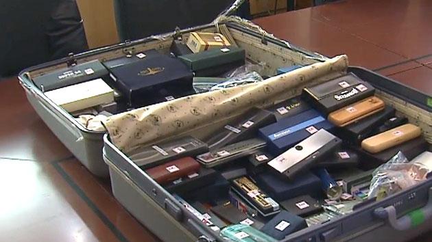 [속보] 추가 발견 된 유병언 가방 공개