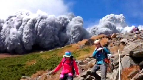 日 온타케산 분화…시속 700km 돌이 문제였다