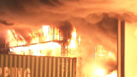 군포 대형 물류센터에 불…광역 1호 발령