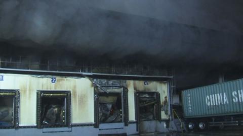 군포 물류창고 큰 불…'검은 연기'로 시민 고통