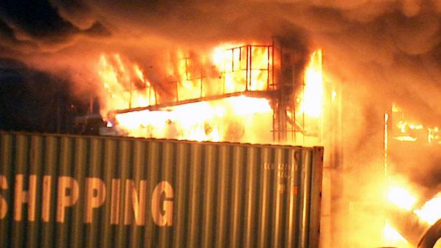 군포 물류창고 큰 불…'검은 연기' 시민 고통