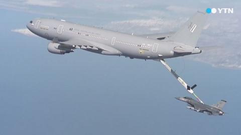 첫 공중급유기…무기는 미제 vs. 다기능 유럽산