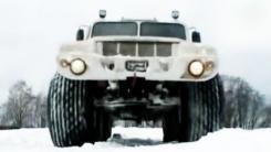 '사람 깔려도 무사한' 초저압 타이어 SUV