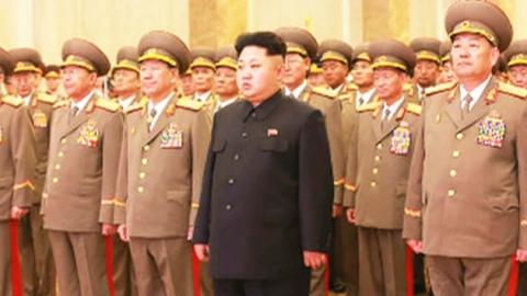 북한 김정은, 김정일 생일 맞아 금수산궁전 참배