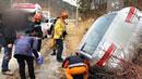 횡성 내리막길에서 차량 전도…1명 부상