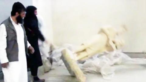 IS, 광란의 유물 파괴 '군용 대형차량' 동원