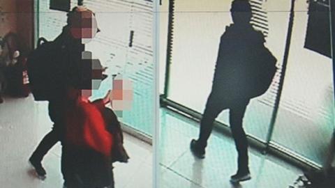 """""""돈 줄 가치 없어"""" 10대女 살해 피의자 범행 자백"""