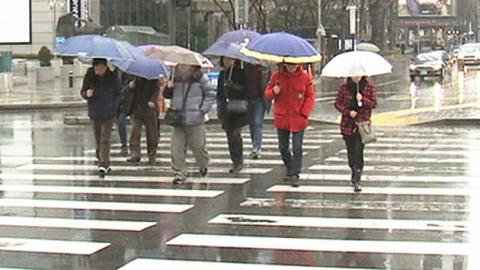 오늘 마스크 대신 '우산' 챙기세요…전국이 '흠뻑'