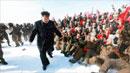 北 김정은, 전투비행사 행군단과 백두산 올라