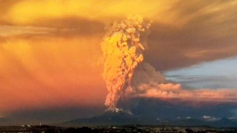 칠레 칼부코 화산 피해 주변국으로 확산