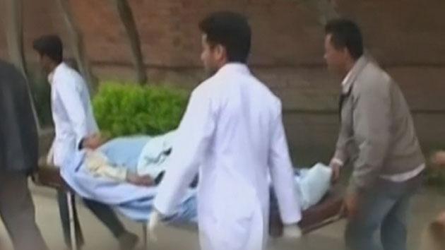 네팔 규모 7.8 강진…1천4백 명 이상 사망
