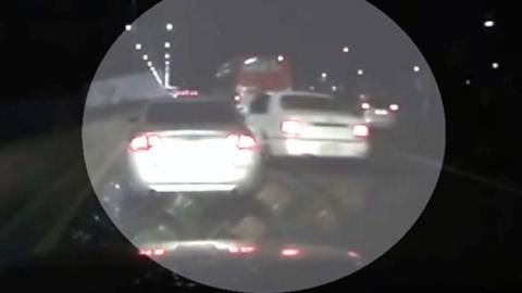 과속 차량 앞에서 '쿵'…13억 가로챈 '칼치기'