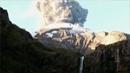 우연히 칠레 화산 폭발 가까이서 촬영한 산악인