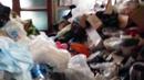 수원 쓰레기 아파트에 10대 남매 방치