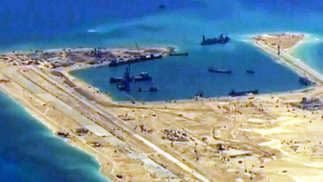 """""""중국, 남중국해 인공섬에 이미 무기 반입"""""""
