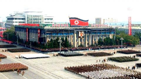 北 대규모 열병식…신무기 공개?