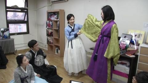 '한복 놀이' 젊은층 한복 체험 인기