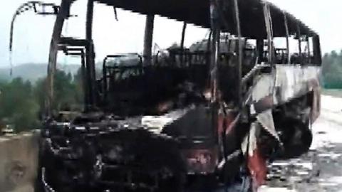 35명 사망한 中 버스 사고, 버스 기사 가장 먼저 탈출해 논란