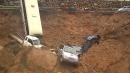 폭우에 사찰 주차장 바닥 '폭삭'…차량 6대 매몰