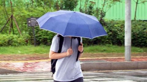 [날씨] 경기·충남 호우경보…벼락 동반 국지 호우