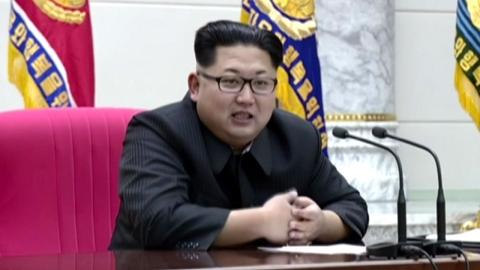 """""""장성급 인사, 450억 갖고 탈북""""…北 체제 이상 기류?"""
