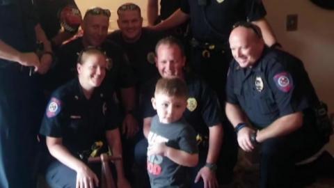 3살 자폐 소년 생일 파티에 경찰들이 참석한 이유