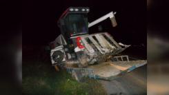 1톤 트럭-트랙터 추돌 사고...1명 숨져