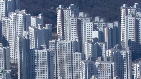 전셋값 역대 최고 40% 상승…서민 빚 '눈덩이'