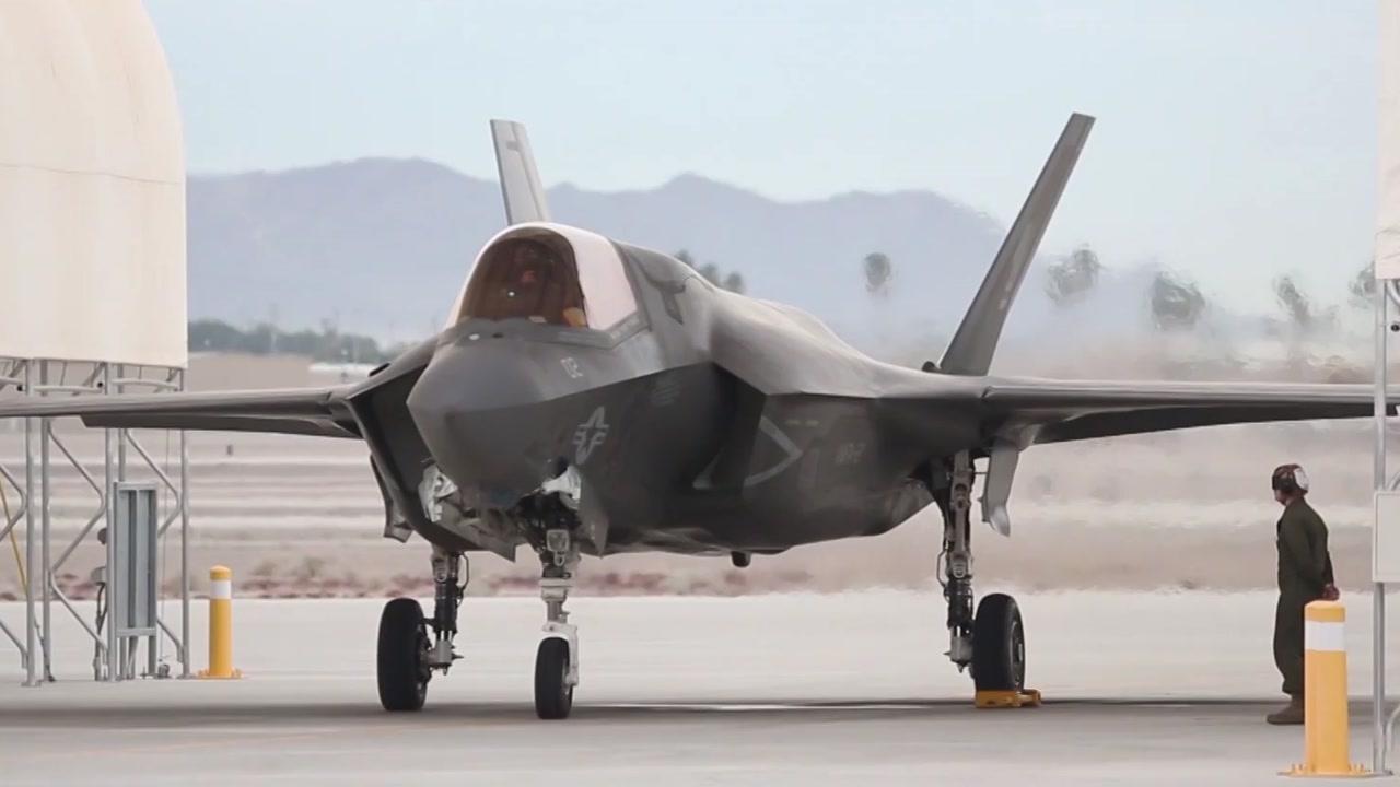 美, F-35B 스텔스기 전투기 첫 해외 실전배치...中·北 견제