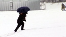 [날씨] 오늘 중부 많은 눈, 남부 호우...빙판 주의