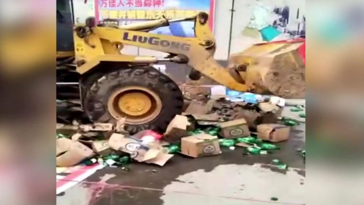 중국 롯데마트 마비 상태...납품 거부도 이어져