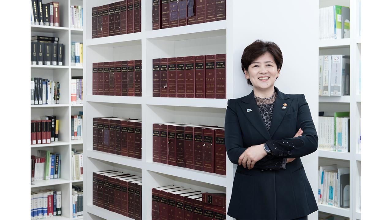 """[리더스인터뷰] """"양성평등, 선진 사회로 가기 위한 핵심 가치"""" 강은희 여성가족부 장관"""