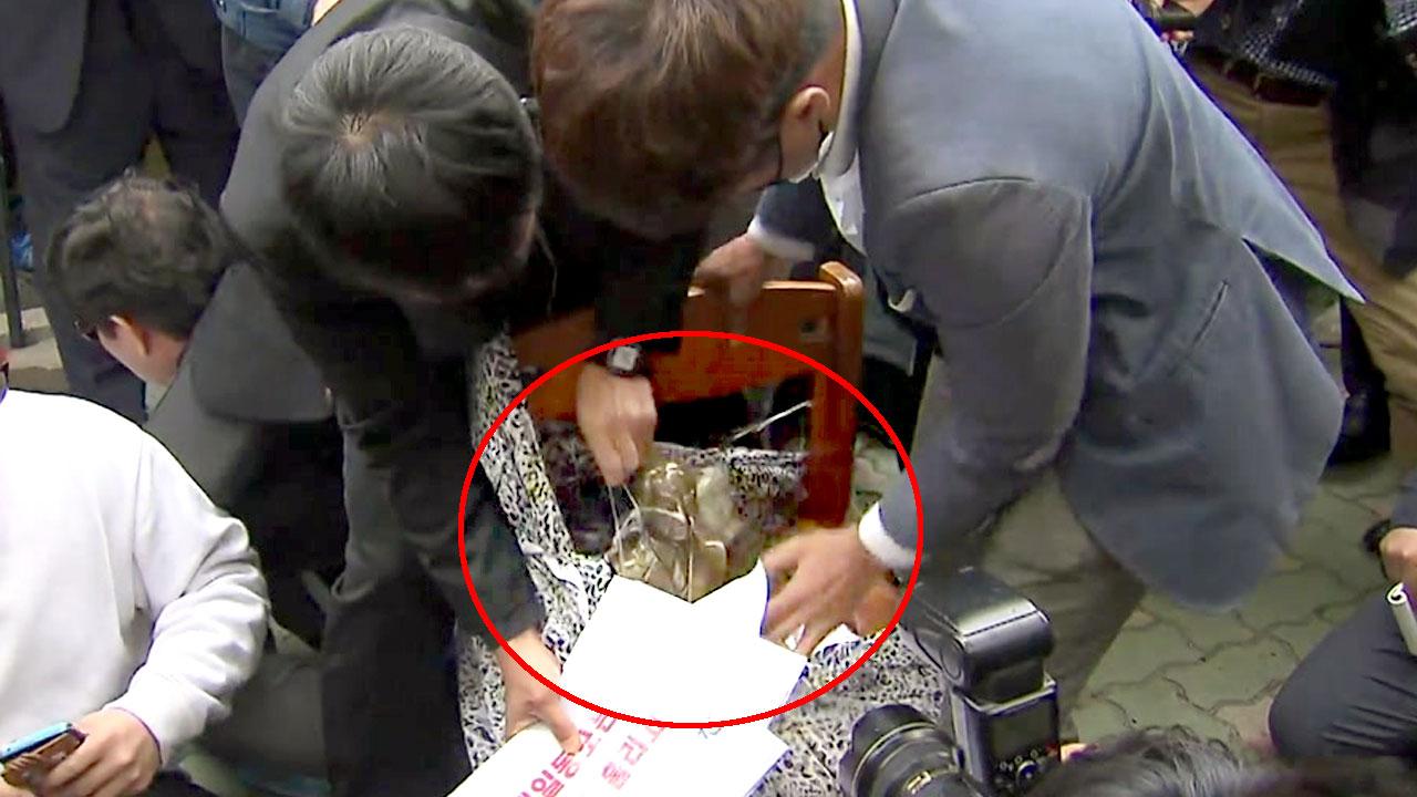 일본영사관 소녀상 옆에 이승만·박정희 흉상 설치 시도
