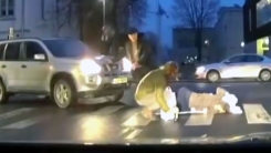 [영상] '차라리 도와주지 말지'...민폐 끼친 운전자