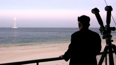 """전 CIA 국장 """"김정은 핵 넘는 비장의 무기 가능"""""""