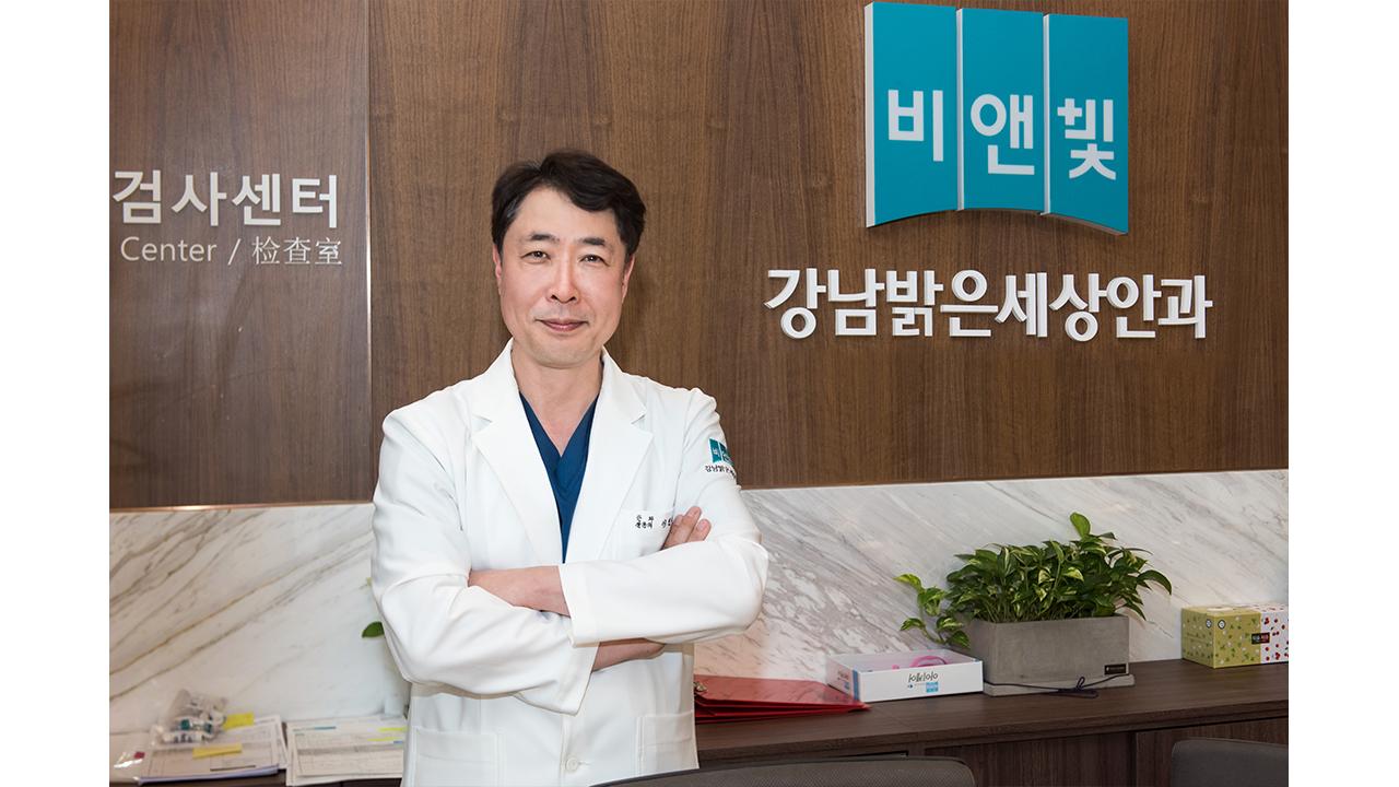 """""""다초점 인공수정체, 노안과 백내장 함께 치료"""""""