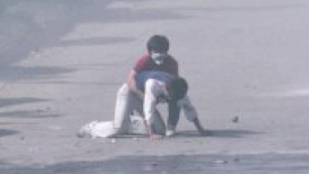 [영상] 故 이한열 열사 최루탄 피격 직후 모습 최초 공개