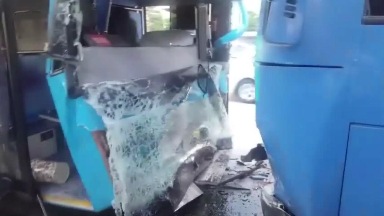 여의도서 버스 3대 '쾅쾅'...수십 명 다치고 출근길 '아수라장'