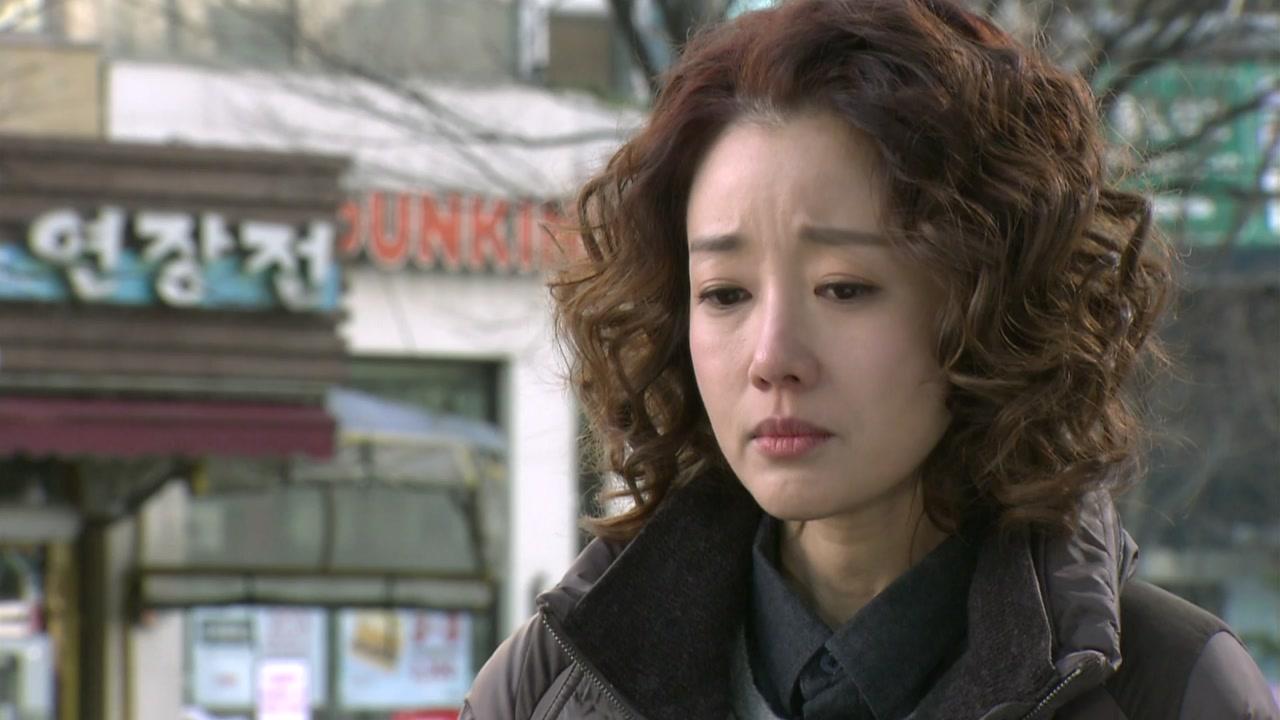 배우 윤손하 측, 아들 학교폭력 보도 해명·사과
