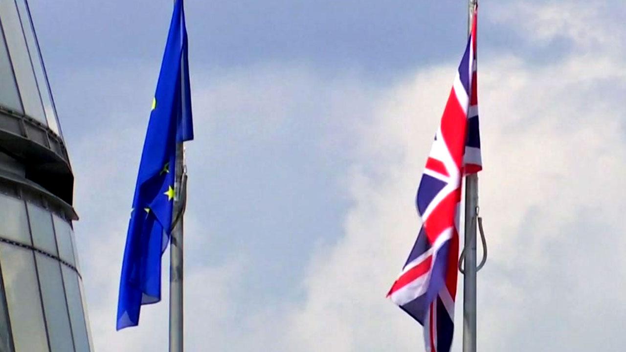 영국, EU 탈퇴 협상 오늘 시작...'하드 브렉시트' 관심