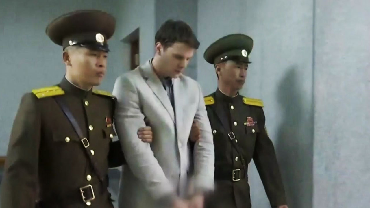 """'혼수상태 송환' 웜비어 사망...트럼프 """"北 잔혹한 정권"""""""
