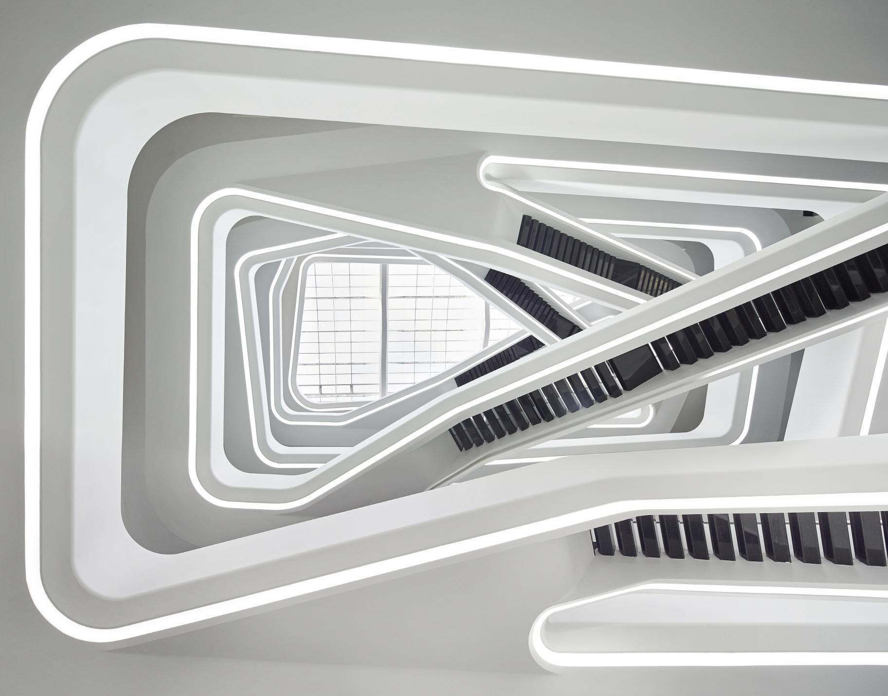 〔안정원의 디자인 칼럼〕 연속된 중첩과 짜임으로 인해 엮어진 유기적 구조의 연속성