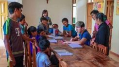 볼리비아 아이들 희망 키우는 '100원'