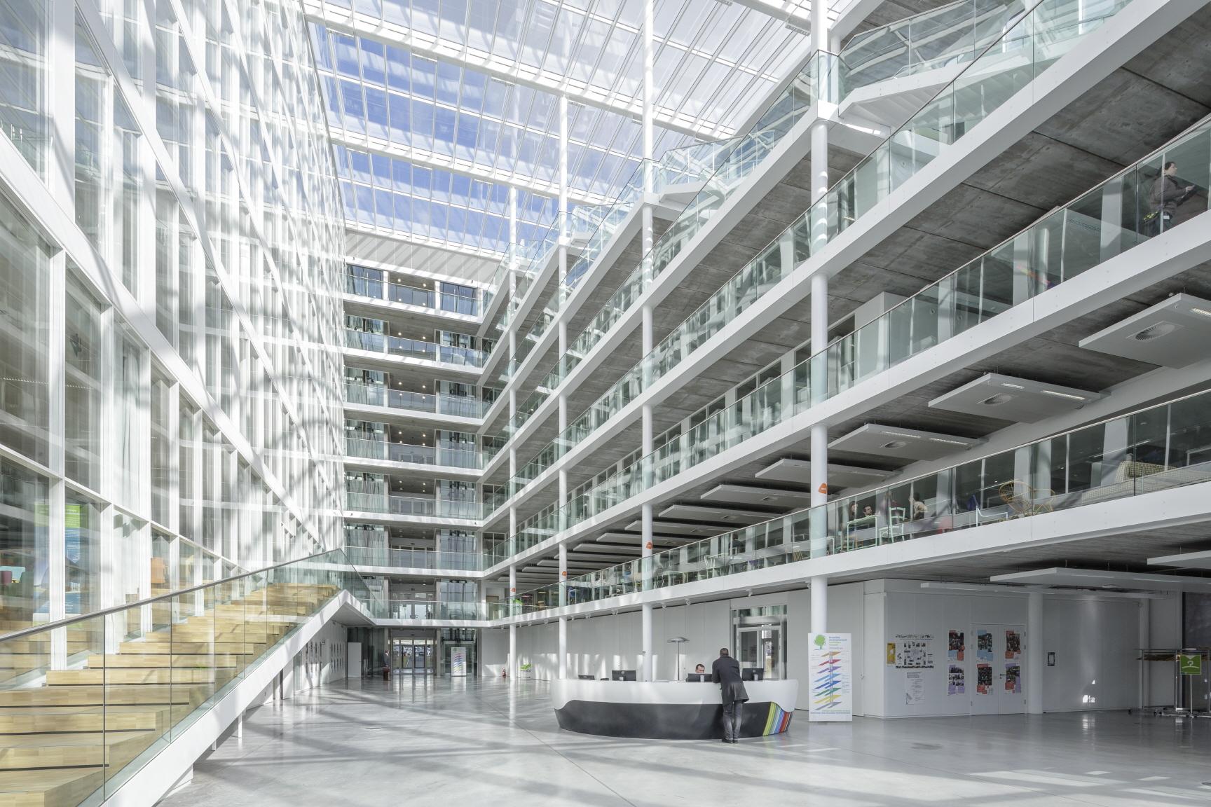 〔안정원의 디자인 칼럼〕 패시브하우스 개념이 적용된 지속가능한 오피스 환경 엿보기