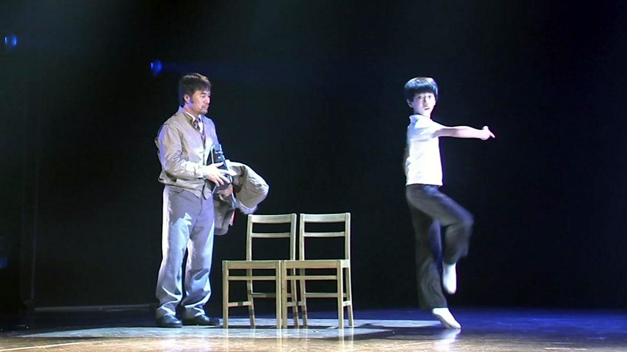 돌아온 뮤지컬 빌리 엘리어트? 뛰고 노래하는 5명의 '빌리'