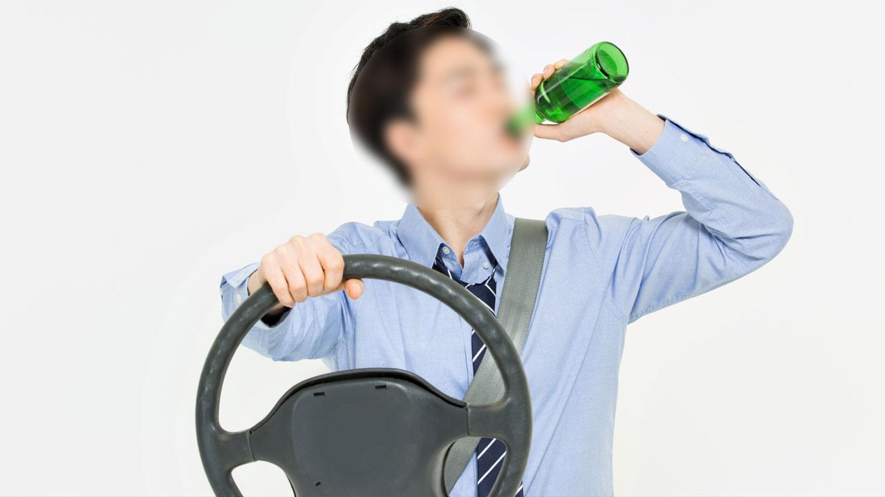 시내버스 기사가 대낮 음주운전...승객이 신고
