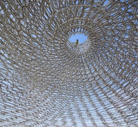 〔안정원의 디자인 칼럼〕 예술,과학,소리,건축,공학과 조경이 융합된 벌집구조의 디자인 2